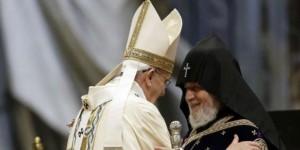(Español) La hidalguía del Papa Francisco en el centenario del Genocidio Armenio da muestra de su grandeza