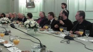 (Español) El arzobispo Kissag Mouradian en un diálogo interreligioso organizado por la Secretaría de Culto de la Nación