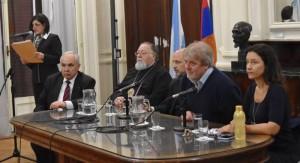 VIDEO: Charla en la Legislatura porteña, «La paz mundial: Armenia y la visita del papa Francisco»