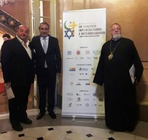 (Español) Arzobispo Kissag Mouradian, Presidente Honorario de importante Diálogo Interreligioso