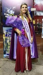 """Micaela Arean, representante de la comunidad armenia, fue elegida """"primera princesa"""" en el Festival de Colectividades de Mar del Plata"""