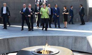 (Español) Angela Merkel en Armenia