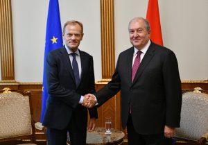 El presidente del Consejo de la UE, Donald Tusk, en Armenia