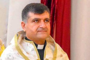 (Español) Sacerdote armenio y su padre asesinados en ataques terroristas en Siria