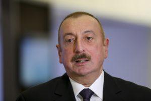 """(Español) Aliyev: """"¿Deberíamos integrarnos a un lugar en el que no hay diferencia entre hombres y mujeres?"""